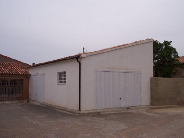 GARAJE_CASAS_FUNCIONARIOS.JPG